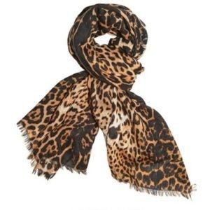 Auth Yves Saint Laurent scarve